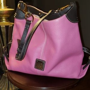 Pink Dooney & Bourke bag.  Great condition!